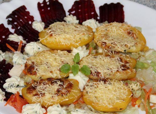 Pečené zemiaky plnené bryndzovou penou |