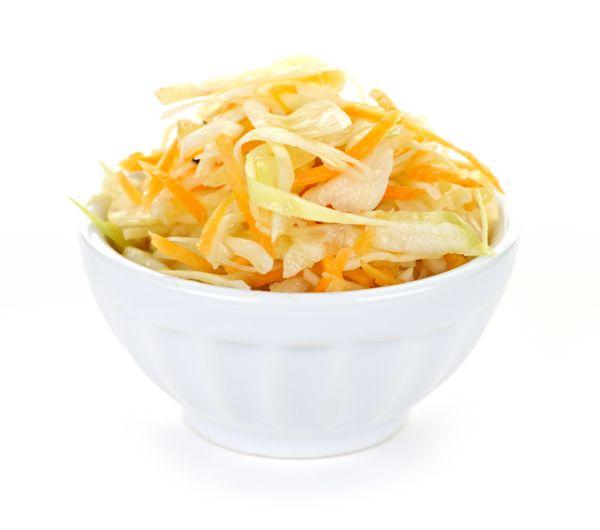 Kapustový šalát s mrkvou  
