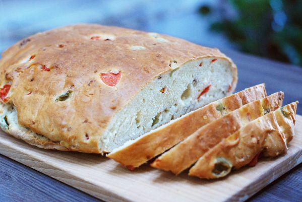 Olivový chlieb s vlašskými orechmi  
