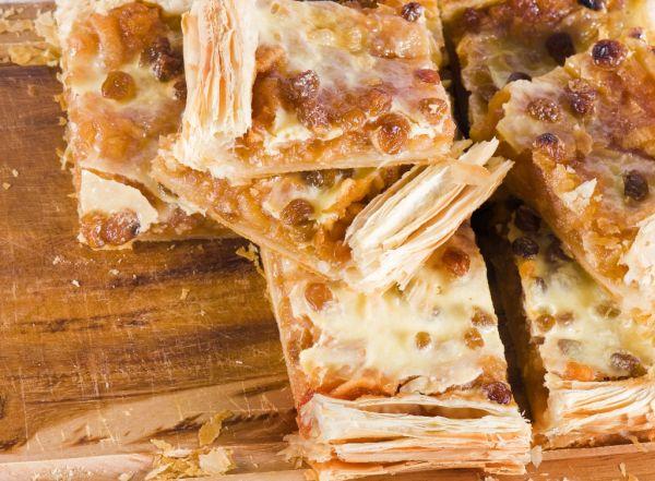 Jablkový koláč z lístkového cesta |