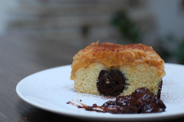 Broskyňovo-mandľový špaldový koláč |