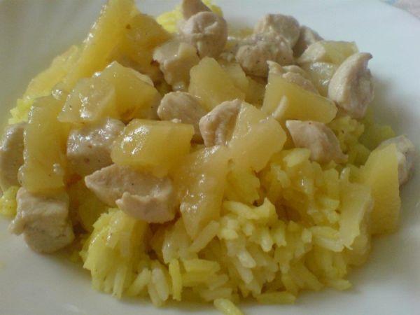 Kuracie mäso s ananásom |