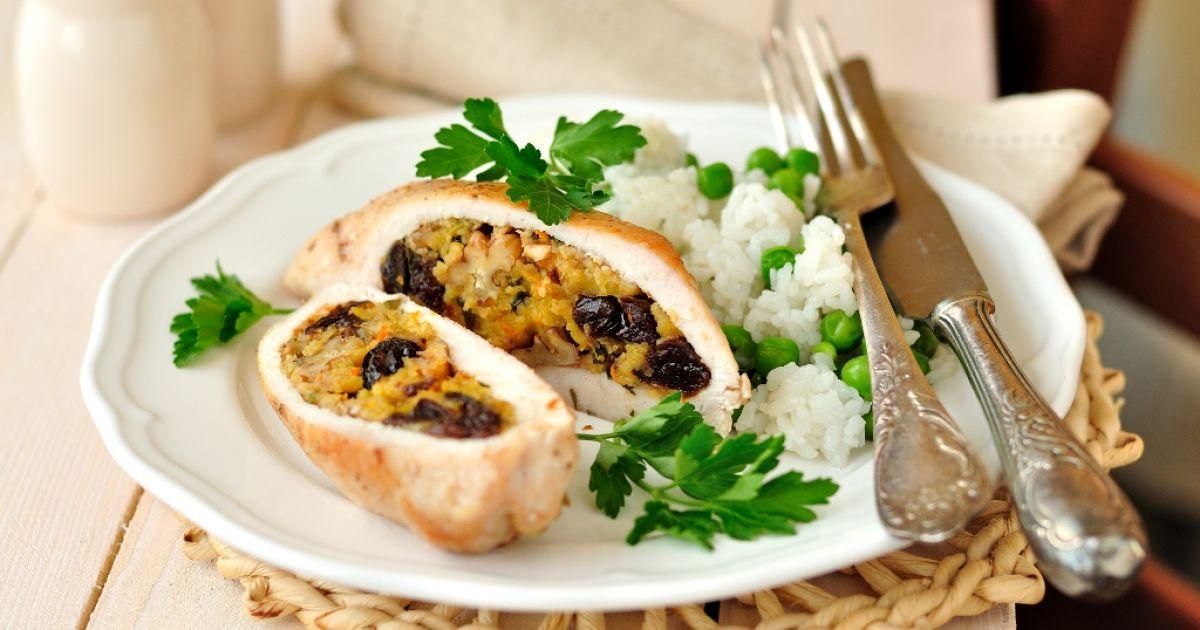 Ryža s kurčaťom a vlašskými orechami, fotogaléria 1 / 1.