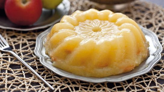 Nepečená jablková torta |