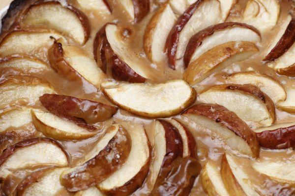 Jablkový koláč s karamelom |