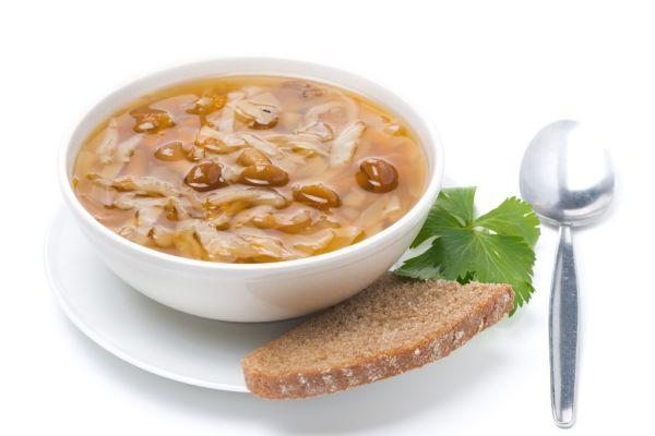 Kapustová polievka s hubami |