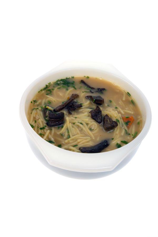 Sedliacka polievka s rezancami  