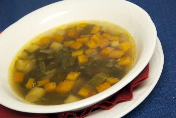 Prírodná zeleninová polievka bez múky  