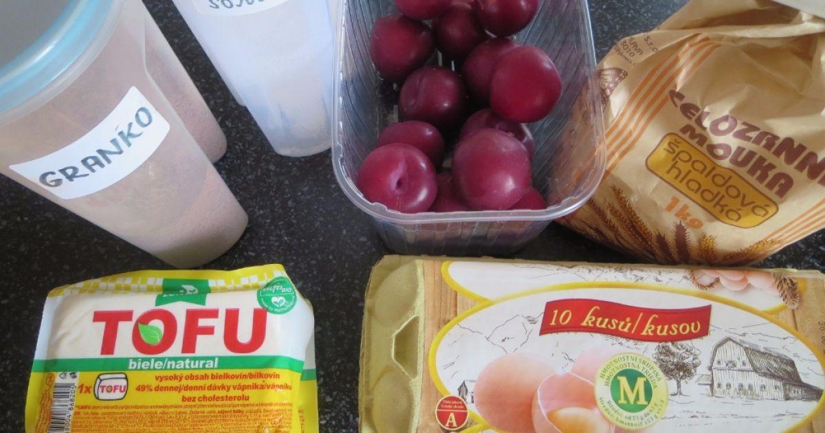 Špaldové palacinky s tofu plnkou a ovocnou omáčkou ...