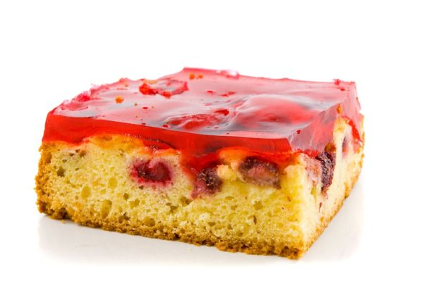 Jablkovo-višňový koláč so želatínou |