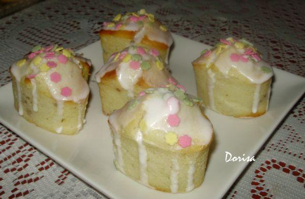 Orechové hrnčekové muffiny |
