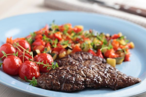 Steak s ratatouille |