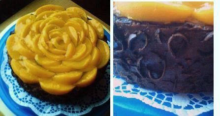 Broskynový kvet v horkej čokoláde |