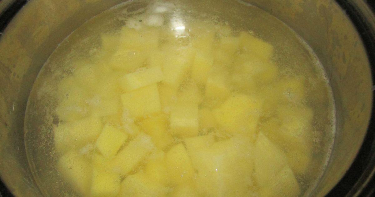 Kyslá zemiaková polievka, fotogaléria 3 / 6.