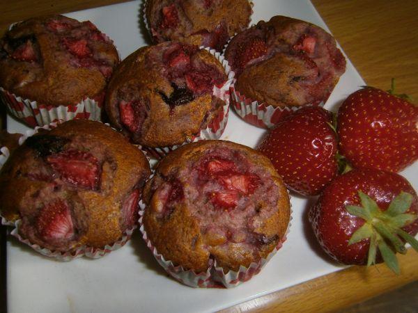 Jahodové muffiny s čokoládou |