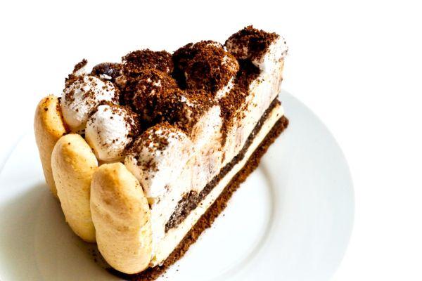 Tiramisu koláč |