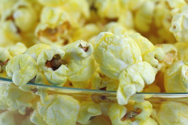 Maslový popcorn |