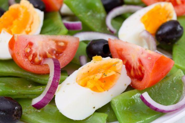 Zeleninový šalát s vajíčkom |