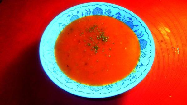 Rýchla paradajková polievka |