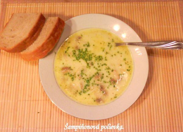Šampiňónová polievka |