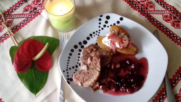 Bravčový steak s dusenými kuriatkami a brusnicovou ...