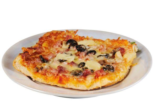 Cibuľová pizza s ančovičkami  