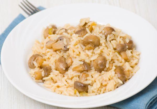 Dusené huby s ryžou |