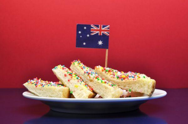 Tradičný austrálsky koláč z ovsených vločiek  anzac |