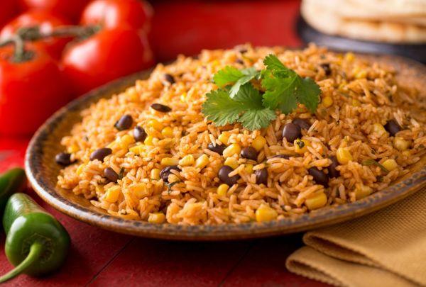 Mexická čierna fazuľa s ryžou |