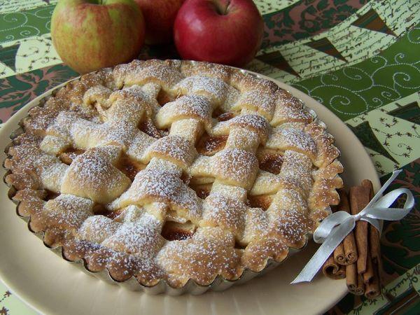 Mriežkovaný jablkový koláč |
