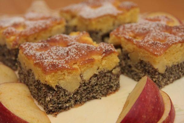 Makový koláč s jablkami |
