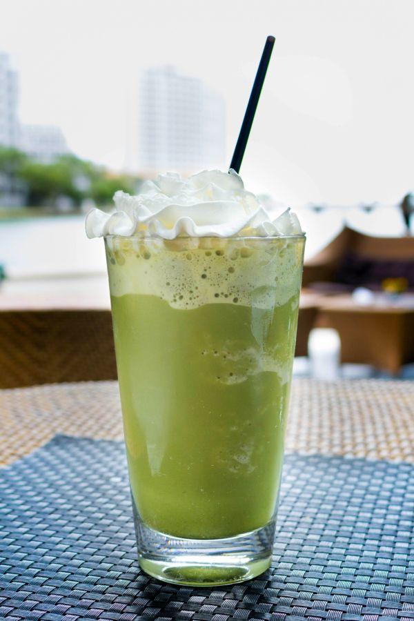 Mandľové zelené smoothie |