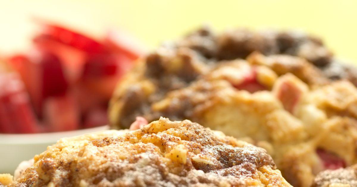 Rebarborové muffiny s posýpkou, fotogaléria 1 / 1.