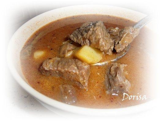 Gulášová polievka |
