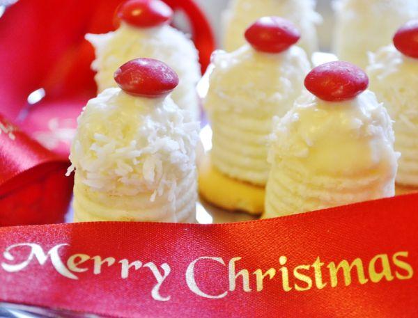 Kokosové úliky vo vianočnom šate |