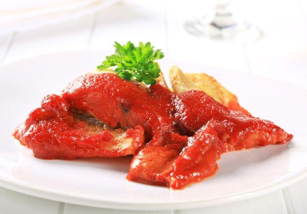 Rybie filé v paradajkovej omáčke |