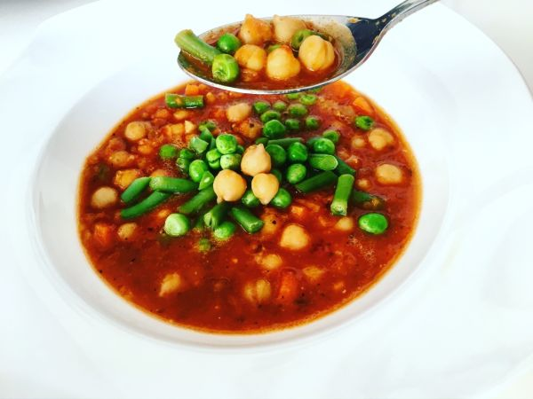 Videorecept: Talianska zeleninová polievka s červenou šošovicou a ...