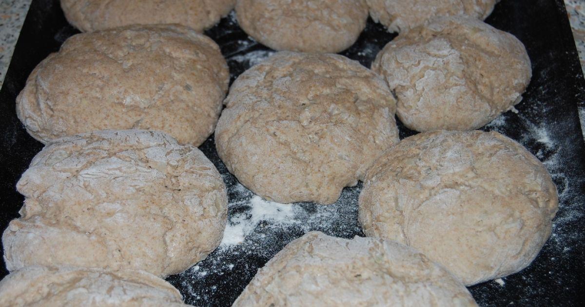Pšenično-ražné chlebové bochníky s cibuľou, fotogaléria ...