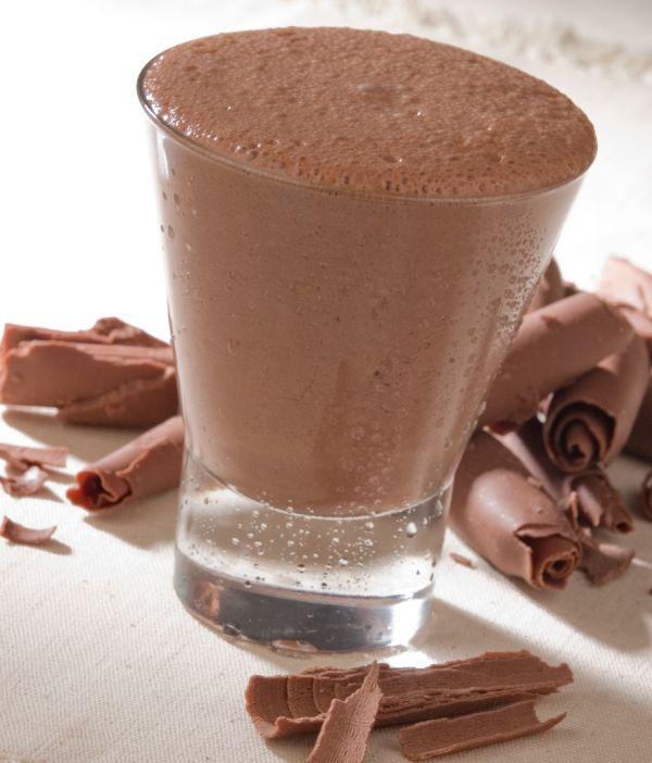 Čokoládový nápoj s ríbezľovým lekvárom |