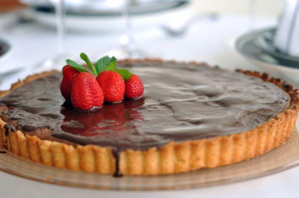 Čokoládový tart s karamelovým prekvapením  