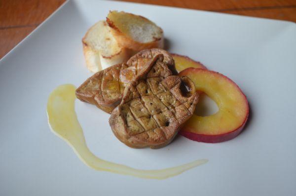Kačacia pečeň s jablkami |