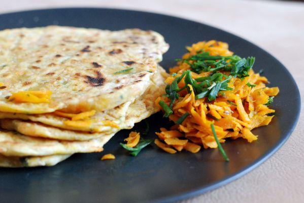 Mrkvová paratha- indické mrkvové placky |