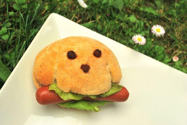 Hot-dog z domácich žemličiek |