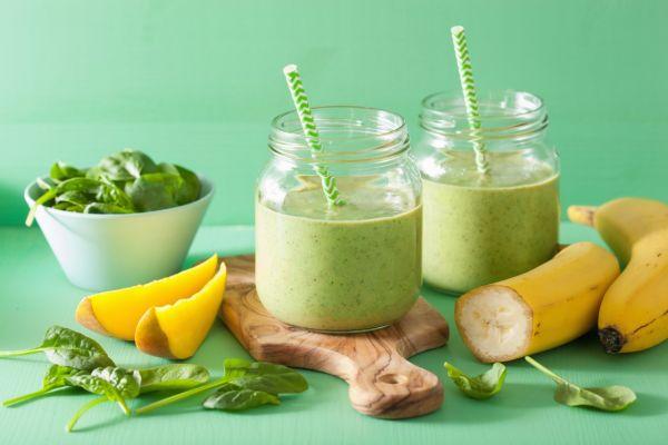 Zelené smoothie s mangom a banánom |