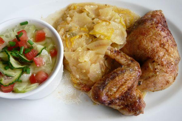 Pečené kurča zemiaky a cuketa |