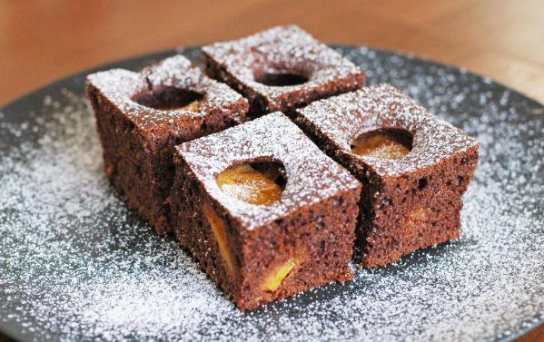 Karamelový marhuľový koláč |
