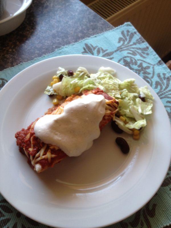 Enchiladas  zapečené plnené tortilly |