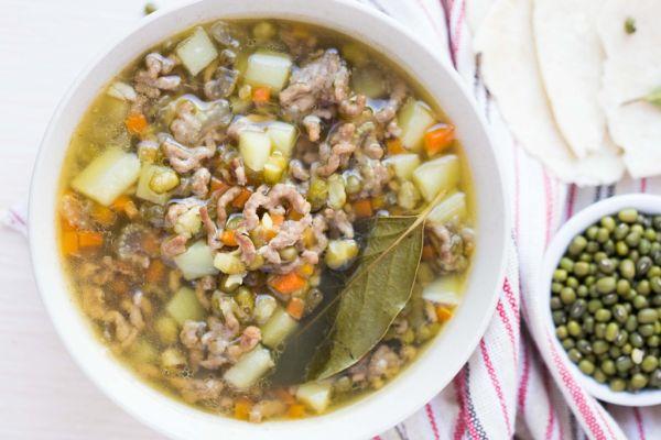 Rýchla polievka z mletého mäsa |