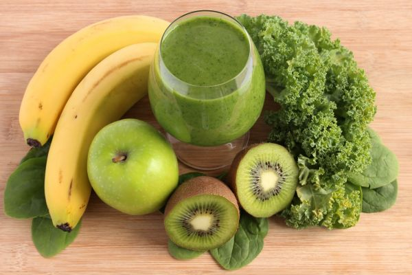 Zelené smoothie s kelom, banánom a kiwi |