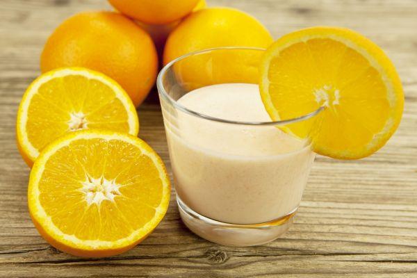 Mliečny pomarančový koktail |